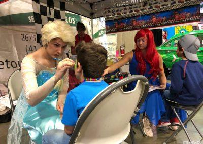 Elsa et Ariel maquillent salon de l'auto sport 2019